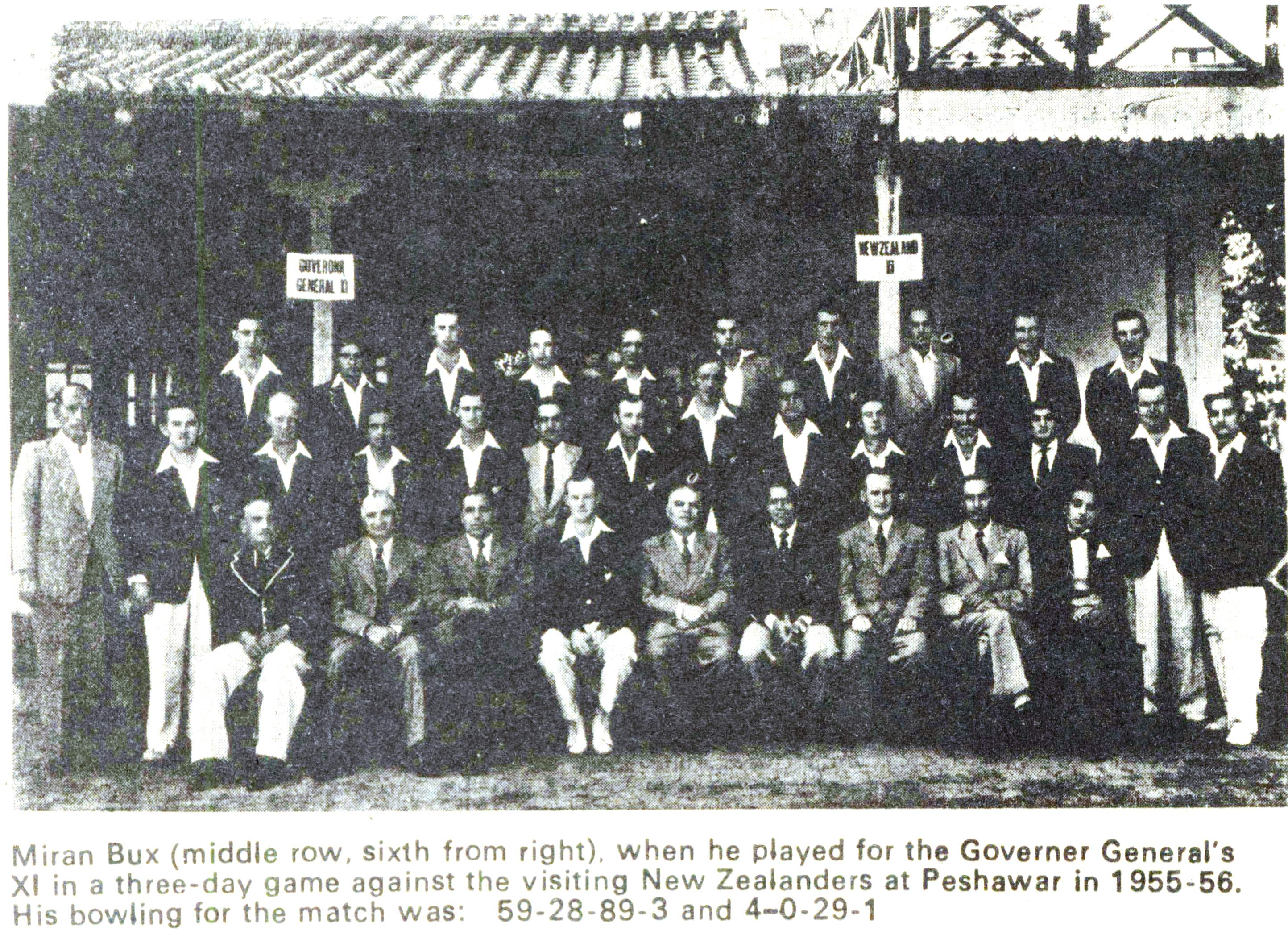 miran-bux-6th-from-right-in-the-middle-row-against-new-zealand-at-peshawar
